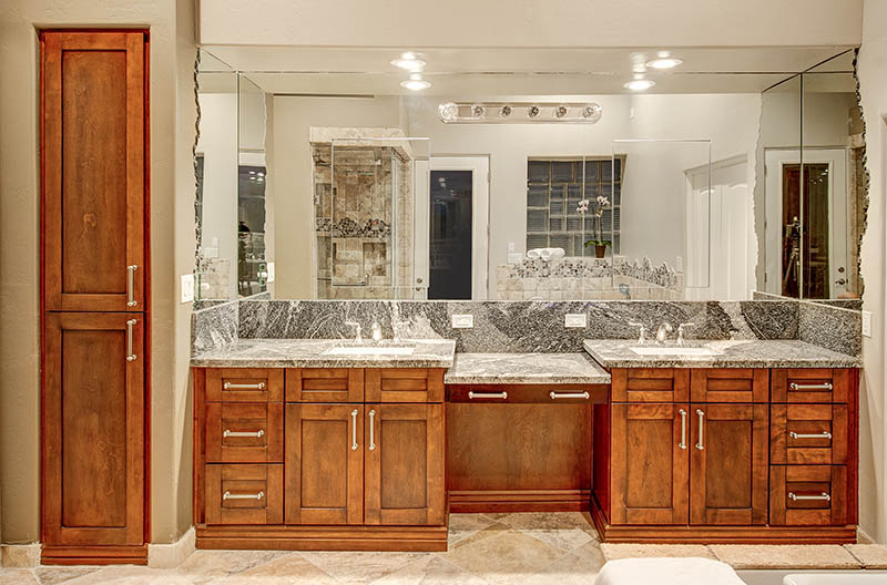Bathroom cabinets by Sollid Cabinetry