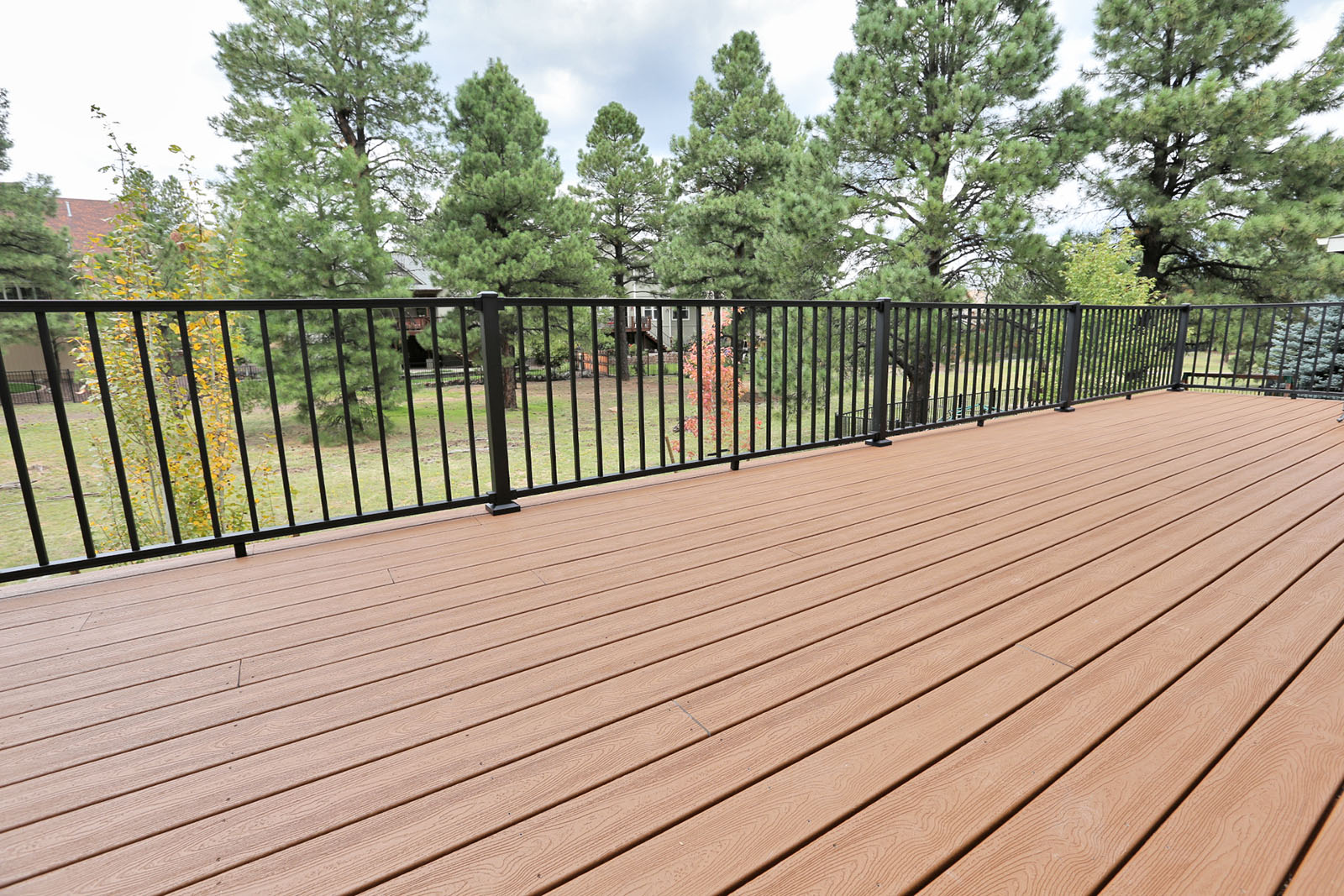 Trex Transcends decking with Trex Reveal Railings